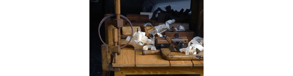 Ebenistes et Antiquaires